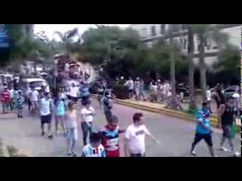 """""""Caravana de brown de adrogue a temperley"""" Barra: Los Pibes del Barrio • Club: Brown de Adrogué"""