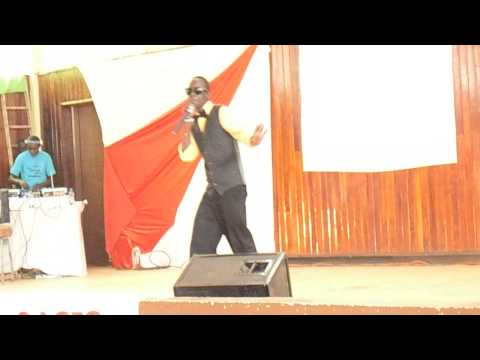 Matto Koz performing MI SIRINGI at Eldoret Town Hall {@Mattokoz}