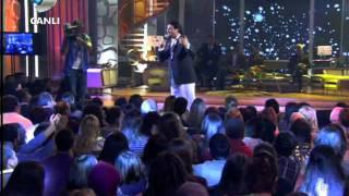 Kubat - Beyaz Giyme...Sendeki Kaşlar { Beyaz Show } 09.12.2011