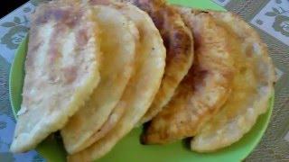 Вкусно и просто:  Хрустящие чебуреки из готового слоеного теста. Пошаговый рецепт с фото и видео.