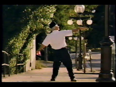 Video trailer för Roxanne (1987) Teaser (VHS Capture)