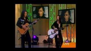 Linger (Acoustic) - Dolores O'Riordan - Sunrise