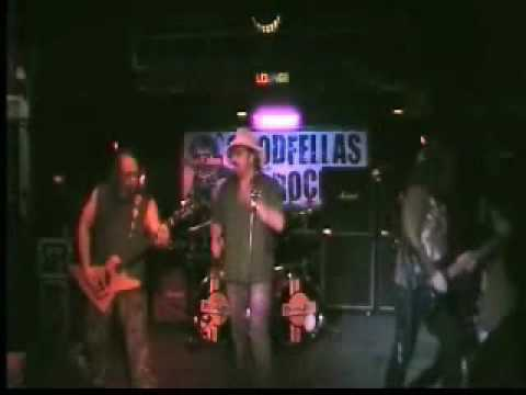 IB6-UB9 covers ozzy  at goodfellas nov 09.wmv