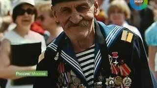 Ряженные ветераны на параде поБЕДАбесия порочат честь ветеранов.
