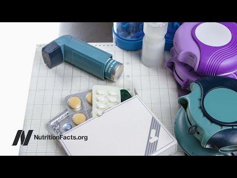 Die Entzündung und das Jucken bei der Schuppenflechte abzunehmen