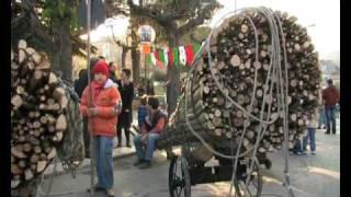 preview picture of video 'Le Fracchie di San Marco in Lamis Venerdì Santo 2010'