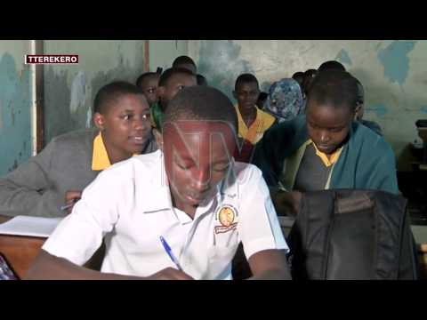 ENSOMA Y'ABAANA: Abakugu baagala gav't ennyikize ennimi ennansi