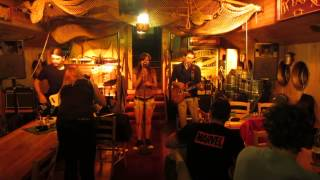 Video Čivava Blues Live ( loď Kristian Marco)