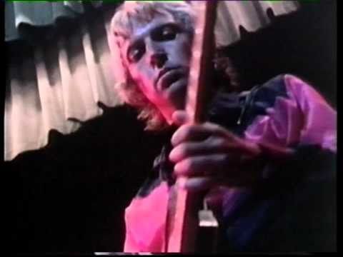 The Police - The Bed's Too Big Without You (Old Grey Whistle Test '79)