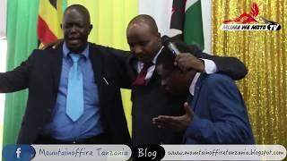 Makubwa Yatokea Kanisani  Kwenye Tamasha La Maombi