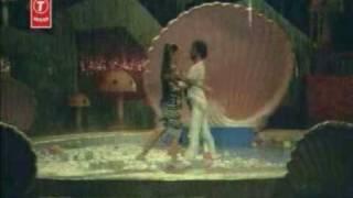 "Ambika Singing ""Aasegalu"" From ""Naane Raaja"""