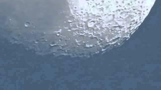 Una cámara logra captar movimientos de la luna