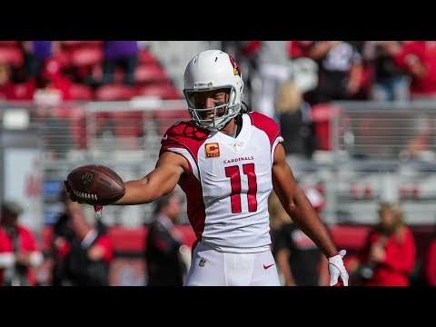 Larry Fitzgerald Signs a One-Year Extension | Stadium