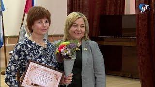Галина Акакиева привезла бронзовую награду со Всероссийского конкурса среди соцработников