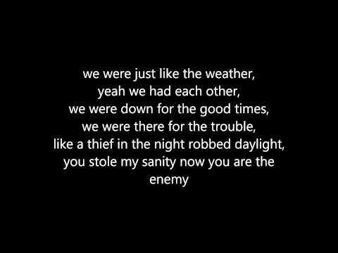 Chris Daughtry - Traitor (Lyrics)