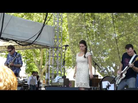 """Come Find Me"" by Girls & Boys @ BottleRock 2013"