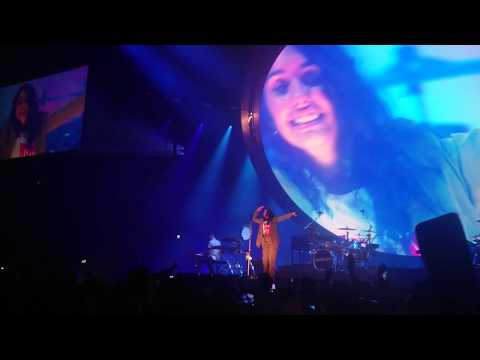 Alessia Cara - How Far I'll Go (live @Ziggodome, Amsterdam, the Netherlands)