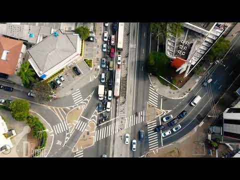 Doidrone em São Paulo  voando na cidade de Pedra  Trilha sonora regravado por Leandro Estevão