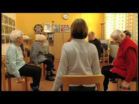 Die Öbungen für die Prophylaxe warikosa und der Ermüdung der Beine