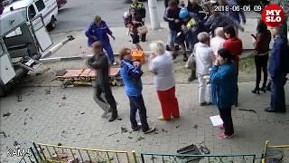 Жуткое ДТП в Туле: спорткар влетел в здание ломбарда