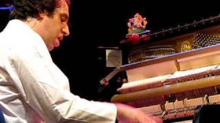 Gonzales Record du monde au piano - Bermuda triangle