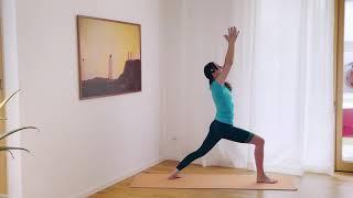 Yoga-Weitsicht von oben | Der Adler