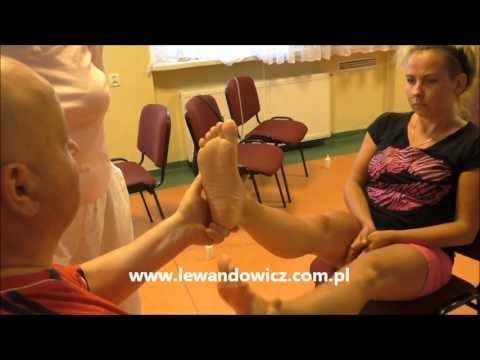 Mata do masażu stóp z koślawego