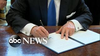 Trump Signs Order to Move Forward Keystone, Dakota Access Pipelines