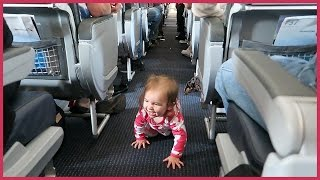 ✈️ BABY ESCAPES HER AIRPLANE SEAT!
