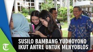 SBY Ikut Mengantre untuk Menyoblos di Singapura