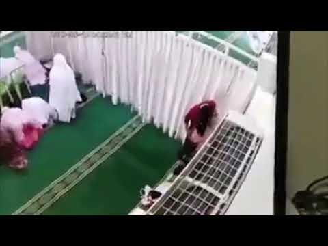 ◣VIRAL◥ Kantoi mencuri di masjid..