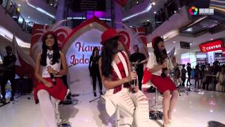 Cherrybelle - Dilema, Beautiful & Love Is You (Medley) at Plaza Semanggi 2015