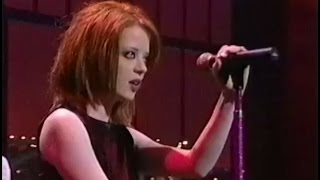 Garbage - Stupid Girl (Late Show with David Letterman 1996)