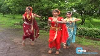 Lavani Marathi Song Dance - Yeu Kashi Me Nandayla