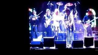 "Garth Brooks & Trisha Yearwood - ""Take Me"""