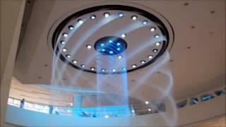 Смотреть онлайн Необычный фонтан с узорами в Корее