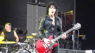 Joan Jett And The Blackhearts - Cherry Bomb Live at River City Rockfest 2018