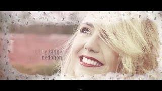 LUCIE VONDRÁČKOVÁ - Jedou vozy prérií (lyrics)