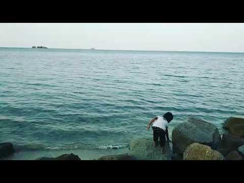 clara afiqah ramadhani ke pantai