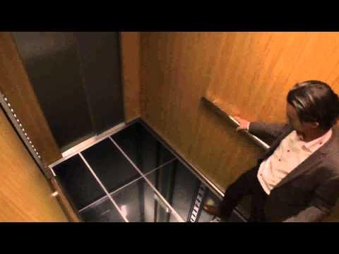 Skrivena kamera - Pod koji otpada