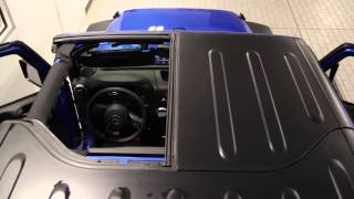 Remove Hard Top Panels :: 2015 Jeep Wrangler :: Sam Leman Vehicle Tips