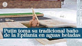 Putin toma su tradicional baño de la Epifanía en aguas heladas