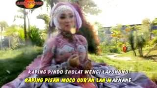 Tombo Ati - Rina Amelia (Official Music Video)
