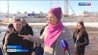 Жители новостроек на улице Уральской в Оренбурге жалуются на отсутствие асфальта