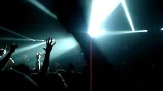 Angels & Airwaves - Et Ducit Mundum Per Luce (live)