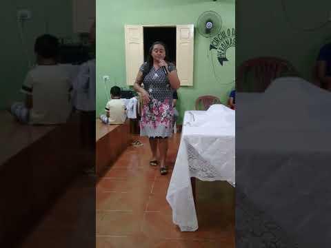 Miss.Daiane Rodrigues Louvando ao Senhor na IEADM-Santana do Piaui-PI