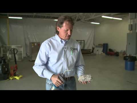 In this video Larry compares insulation materials, by showing the differences in performance of two types of...