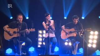 Christina Stürmer - Engel fliegen einsam (Acoustic) (Live@BR Abendschau)