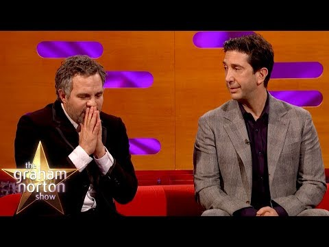 Mark Ruffalo a David Schwimmer o brigádách v restauracích a barech - The Graham Norton Show