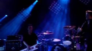 Them Crooked Vultures- Interlude With Ludes